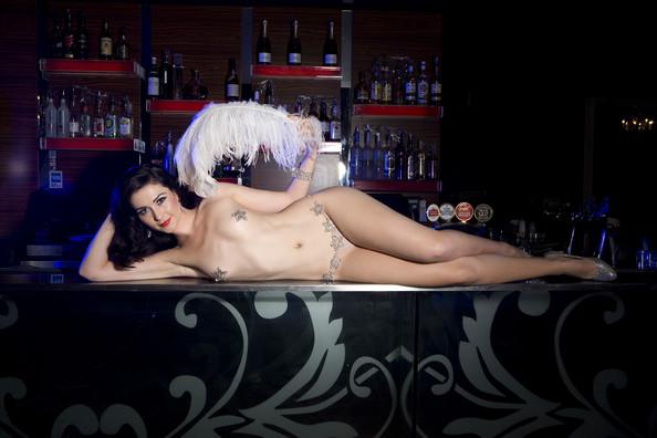 striptease-6